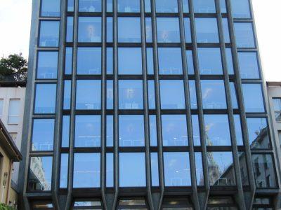 pareti vetrate in alluminio per edificio aziendale esterni te.ser